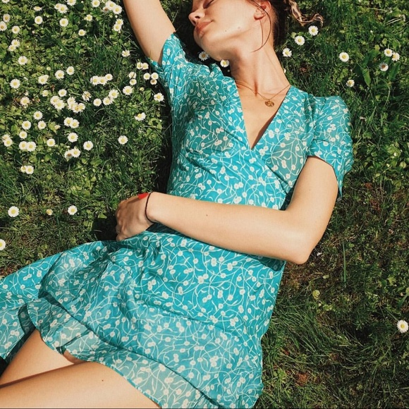 cb014a919782 SOLD Realisation Par Ozzie dress in Poison Ivy